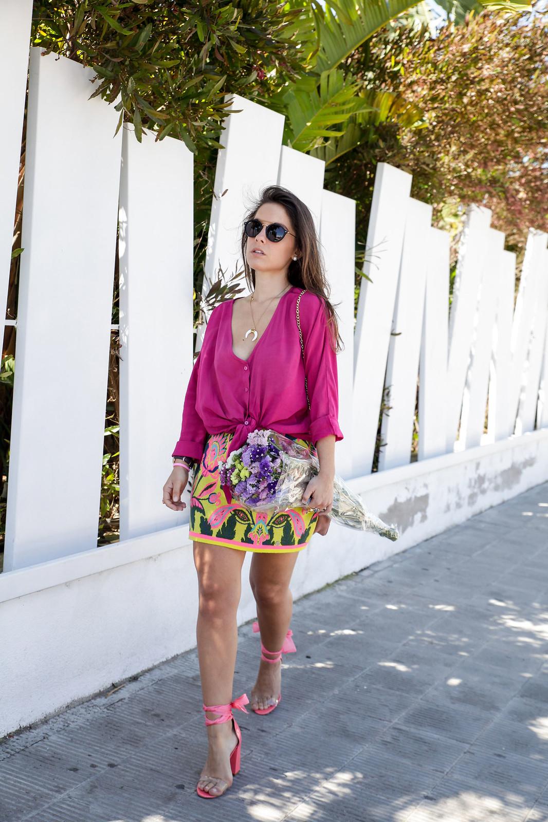 07_blusa_magenta_falda_amarilla_outfit_ruga_summer17_theguestgirl_influencer_barcelona_portugal_brand_ambassador