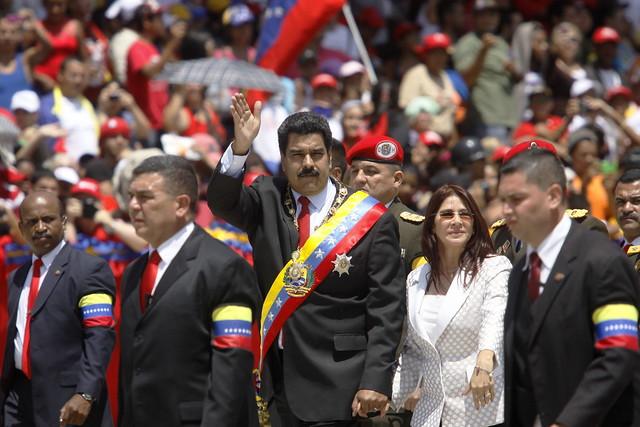 Protestos contra Maduro deixam mais duas vítimas na Venezuela