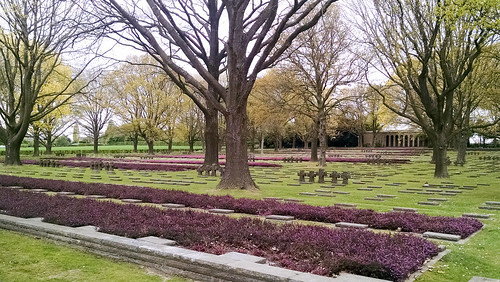 006__Deutscher Soldatenfriedhof Hooglede