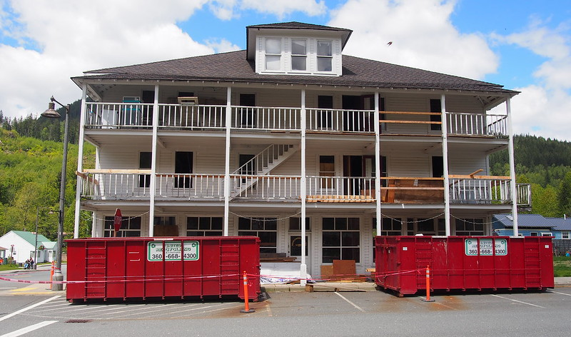 Old Skykomish Hotel: Currently undergoing renovation and restoration.