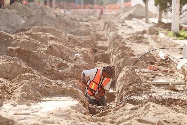 26 Abr 2017 . El Presidente Municipal Enrique Alfaro realiza un recorrido de supervisión de obras en Huentitán el Bajo