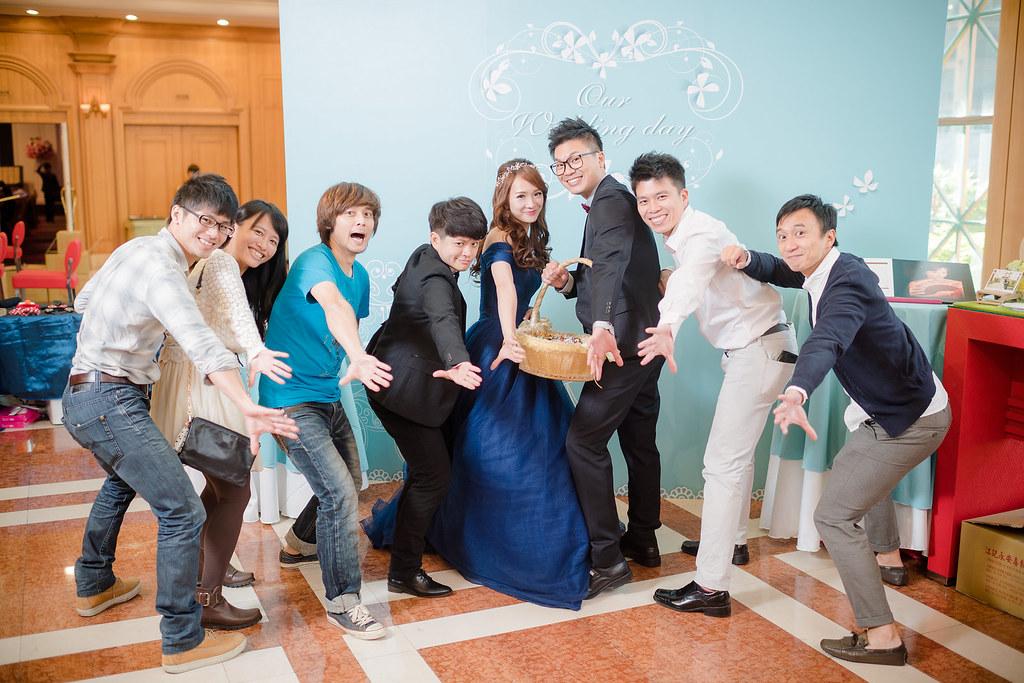 台中婚攝,找婚攝,婚攝ED,婚攝推薦,婚禮紀錄,婚禮記錄,婚攝,婚禮攝影師,新人推薦,僑園飯店,台中僑園,台中婚宴會館,攝影師推薦,口碑婚攝,婚攝團隊,台灣有口碑攝影師,優質攝影師