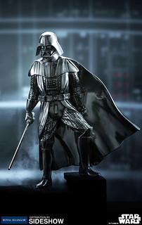 嶄新風格的黑武士收藏品!!Royal Selangor《星際大戰》黑武士達斯.維德 Darth Vader 合金小雕像