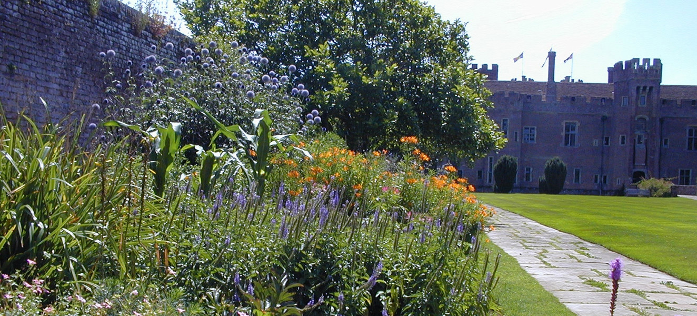 Herstmonceux Elizabethan Garden