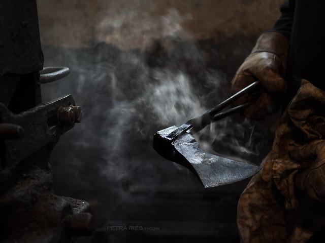 Blacksmith, Olympus E-M1, SIGMA 30mm F2.8 DN