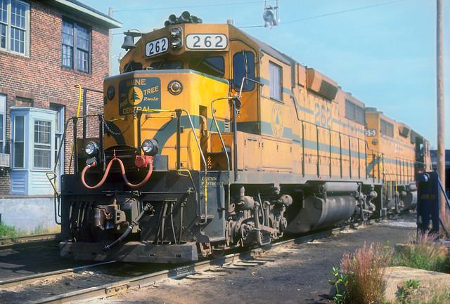 MEC GP38 262