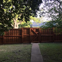 The #fence is done!! #rockwood #renovation #remodel #oakcliff #dallas #thisoldhouse #home