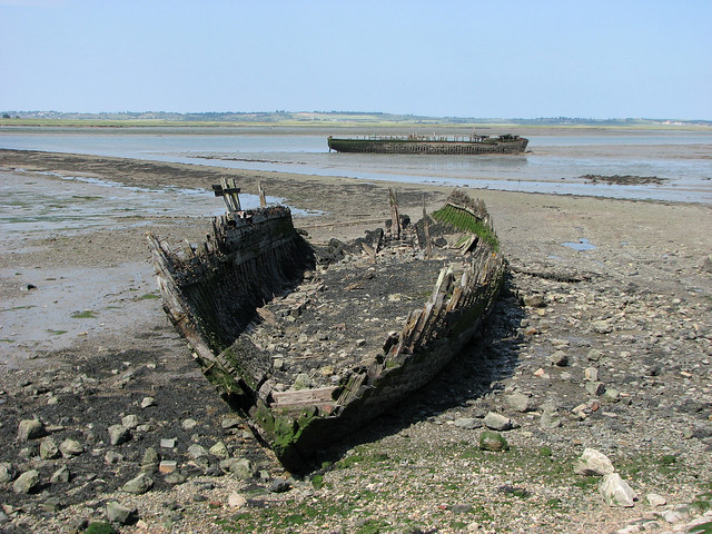 Ruined boats beside the Swale