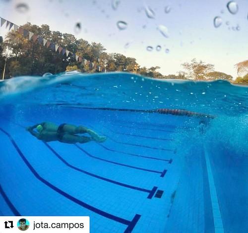 Where in the world is the New Wave Swim Buoy now? Ribeirão Preto, Brazil  . . #Repost @jota.campos with @repostapp ・・・ Aquela virada que você aproveita até não deslizar mais 😂. . . . #swim #sport #swimmer #pool #natacao #love #fit #NewWaveSwimBuoy #Be