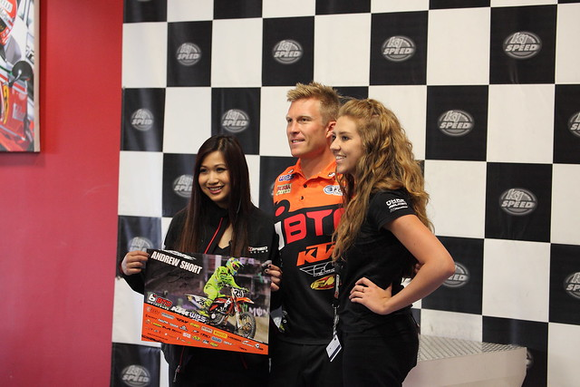 Thunder Valley K1 Autograph Signing
