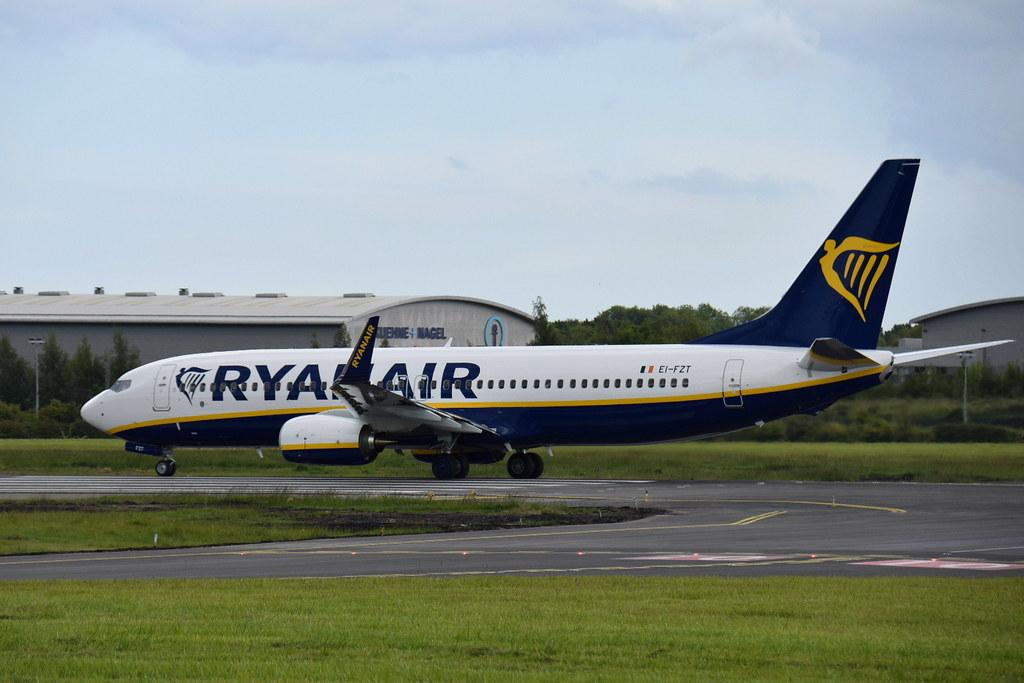 EI-FZT - B738 - Ryanair
