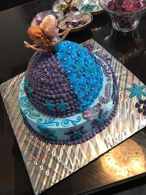 Frozen Themed Cake by Anzalna Aamir