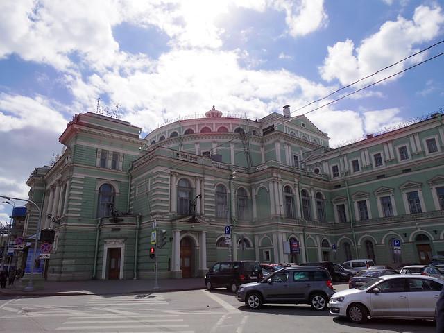 サンクトペテルブルク マリンスキー劇場でバレエ鑑賞 | Travelholic