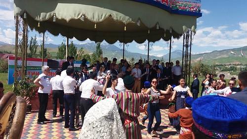 Консерти меҳмонони ӯзбек дар шаҳри Турсунзода