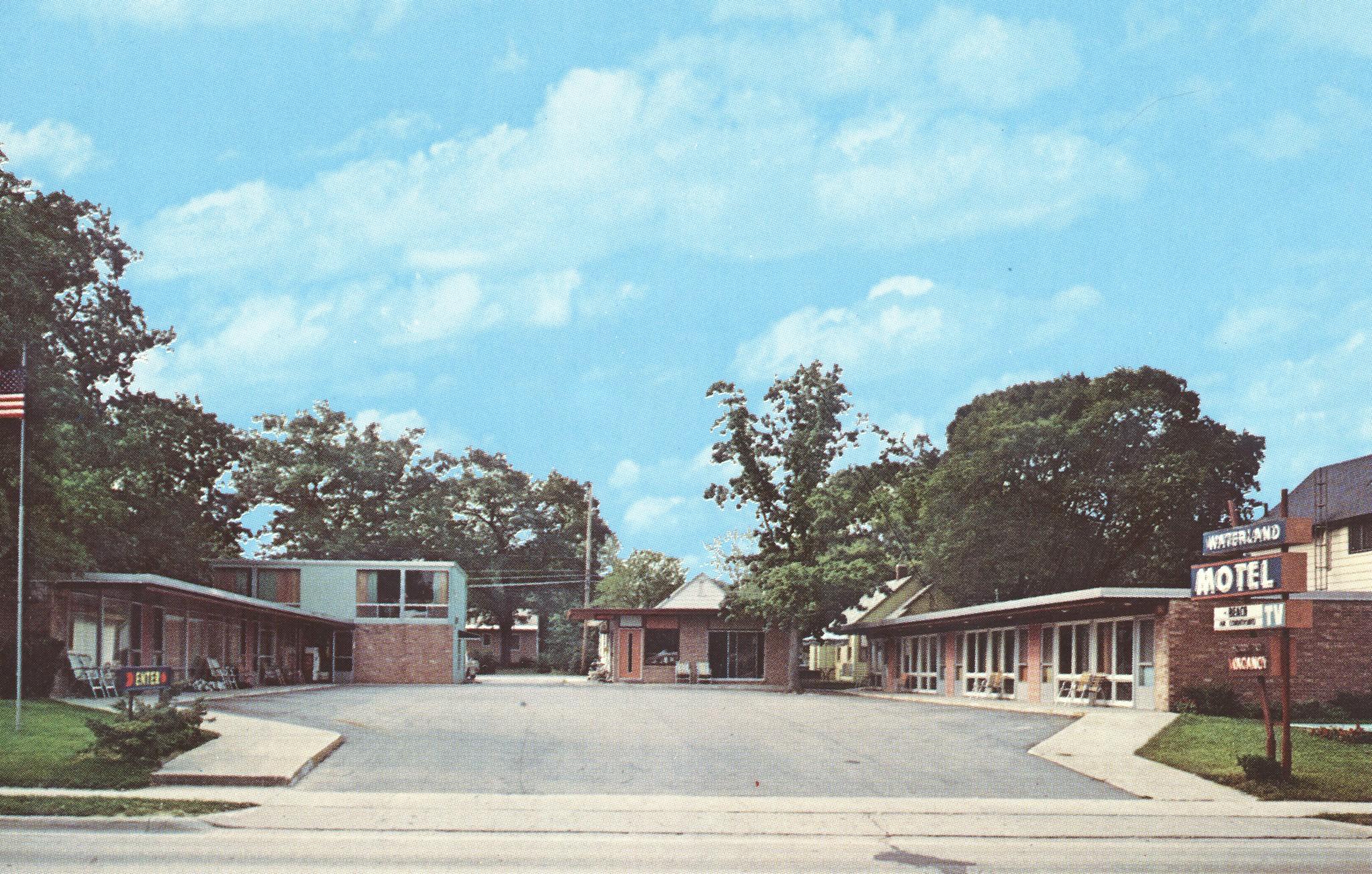 Waterland Motel - Traverse City, Michigan
