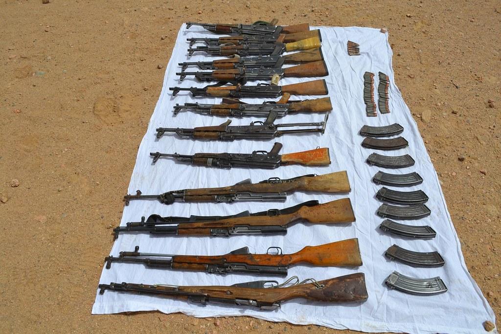 مكافحة الارهاب في الجزائر - صفحة 2 34579260042_c1dd184f2d_b