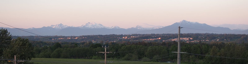 Cascade Mountains Viewed From Everett