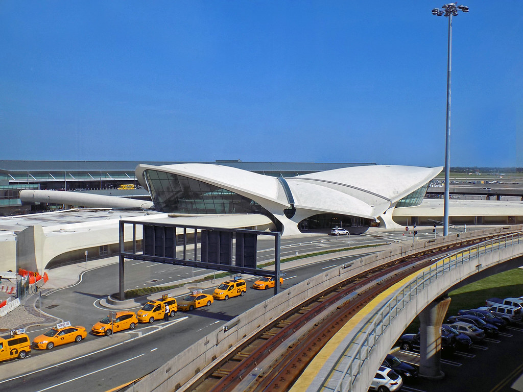 John f kennedy international airport map queens new for Hotels near jf kennedy airport
