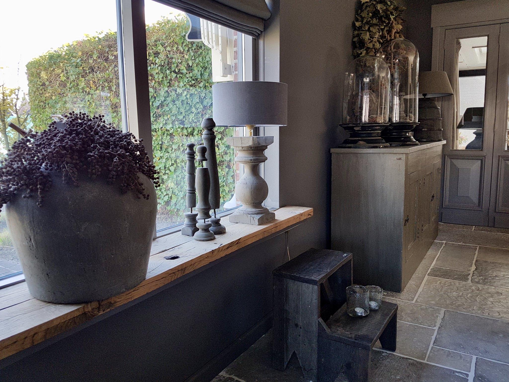 Binnenkijken bij thea de wemelaer for Decoratie vensterbank keuken