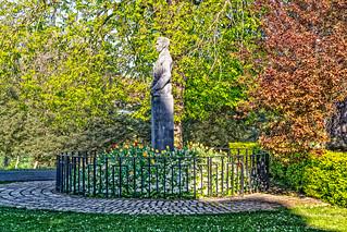 SEAN HEUSTON MONUMENT [PHOENIX PARK IN DUBLIN]-128280