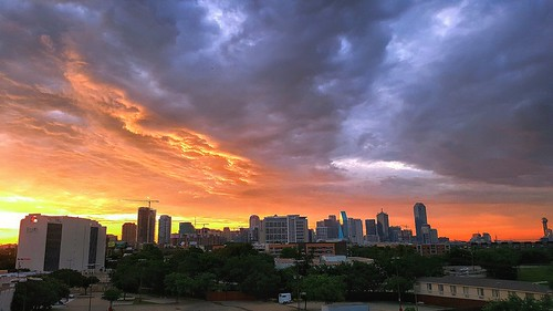 weather dallas sunrise texas phonecamera samsungs6 panorama downtown sky colors view clouds skyscrapers skyline