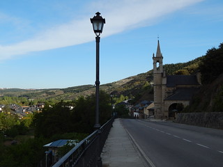 Entering Molinaseca