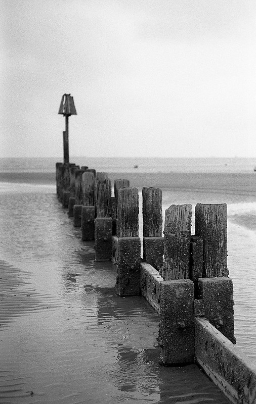FILM - Breakwater