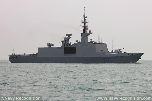 Η φρεγάτα Acoint κλάσης La Fayette του Γαλλικού Ναυτικού κατά την έκθεση DIMDEX 2016 στο Κατάρ.