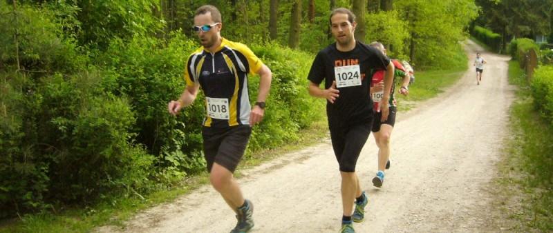 Hradecký běžecký pohár v plném proudu