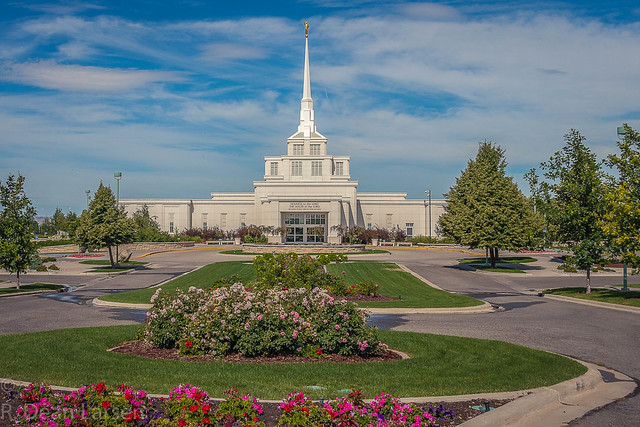 Billings Montana LDS Temple, Canon EOS REBEL T1I, Sigma 18-250mm f/3.5-6.3 DC OS HSM
