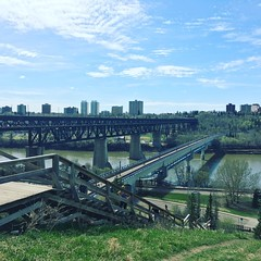 we had to do a lot of stairs to get here :runner:♀️:herb::sun_with_face::blush: - - - - - #yeg #edmonton #exploreedmonton #exploreyeg #myedmonton #mycity #rivervalley #getoutside #spring #blueskies #fitness #motivation #running #stairs #fitbit #getfit #e