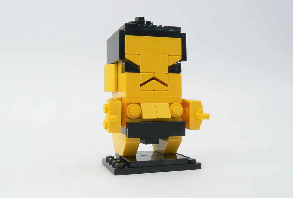 sumo brickheadz (custom built Lego model)