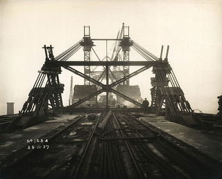Support mast and cables on the Tyne Bridge