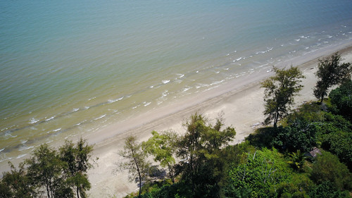 beach southchinasea lutong piasau above mavicpro drone