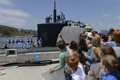 Family and friends welcome home the crew of USS Alexandria (SSN 757), May 18. (U.S. Navy/MC2 Derek Harkins)