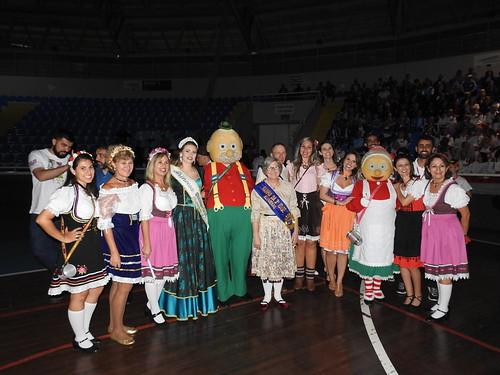 Fotos da Abertura dos Jogos Abertos da Terceira Idade em Blumenau. Fotos #BlogdoJaime