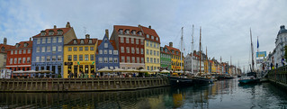 Colourful façades - Nyhavn (Panorama)