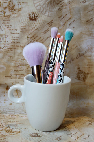 Just some essence brushes