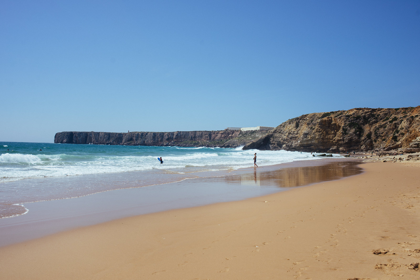 Praia da Mareta Sagres szörfös strandja