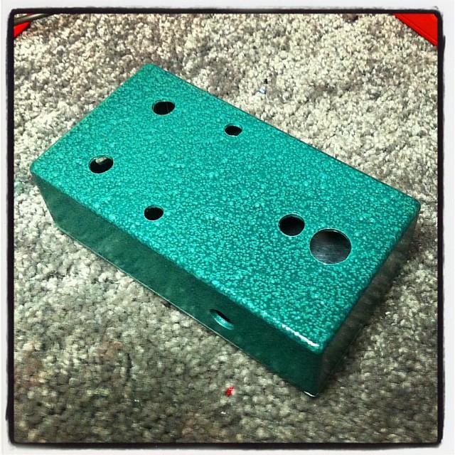 Two-tone Green Vein.