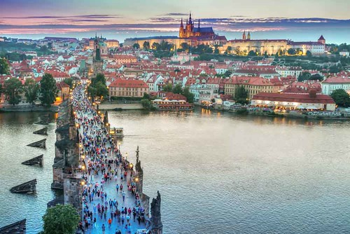 holiday-packages-hotels-travel-prague-from-sky-2