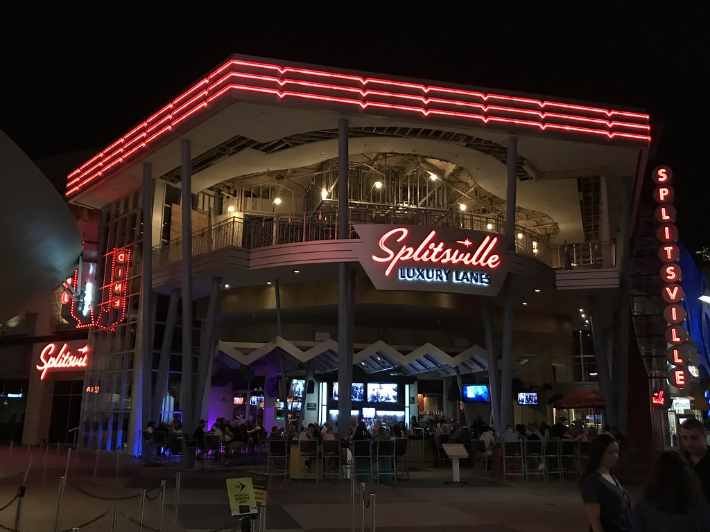 Construction on the upper floor of Splitsville taking place on the evening of May 4th, 2017.
