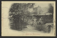 Grignan (Est). - Entrée du Château