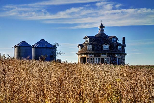 Wickfield Sales Pavillion - near Cantril, Iowa (3 of 3)