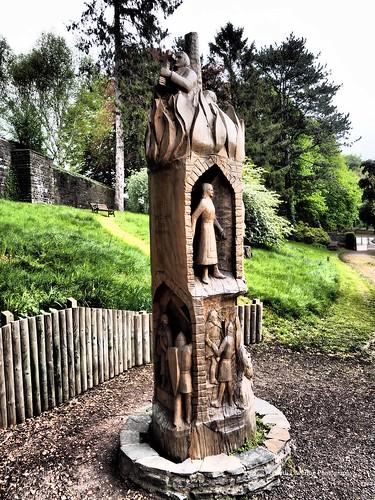 Linda Vista Gardens Abergavenny 2017 04 27 #7 (Gareth Lovering Photography 3,000,594 views.)