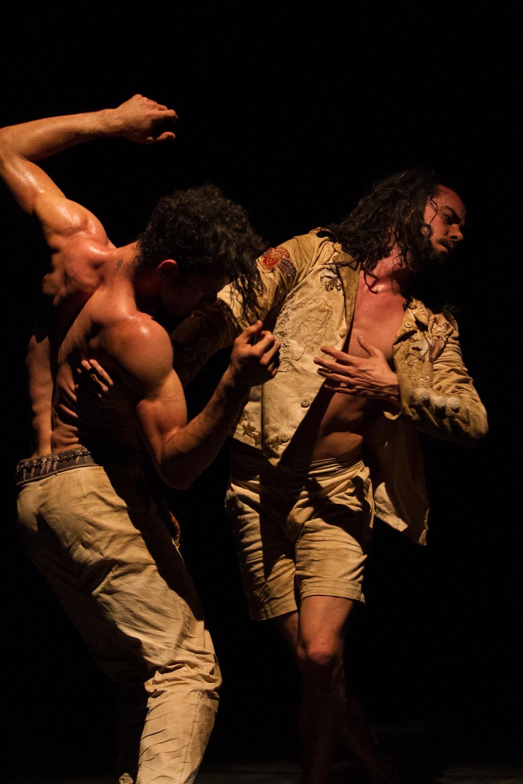 Atração: Mostra Contemporânea de Dança - Grupo Ateliê do Gesto - 35º Festival de Dança de Joinville