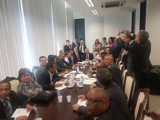 Contra reforma, Paulinho da Força se reúne com senadores