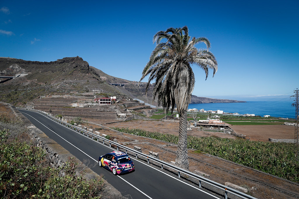 30 MOLINARO Tamara (ITA), MAYRHOFFER Ursula (AUT) Opel Adam R2, Action during the 2017 European Rally Championship ERC Rally Islas Canarias, El Corte Inglés,  from May 4 to 6, at Las Palmas, Spain - Photo Alexandre Guillaumot / DPPI