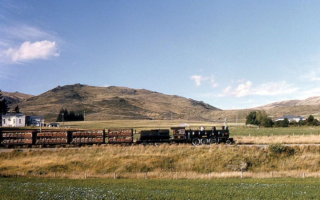Kingston Branch Line , NZ 1974