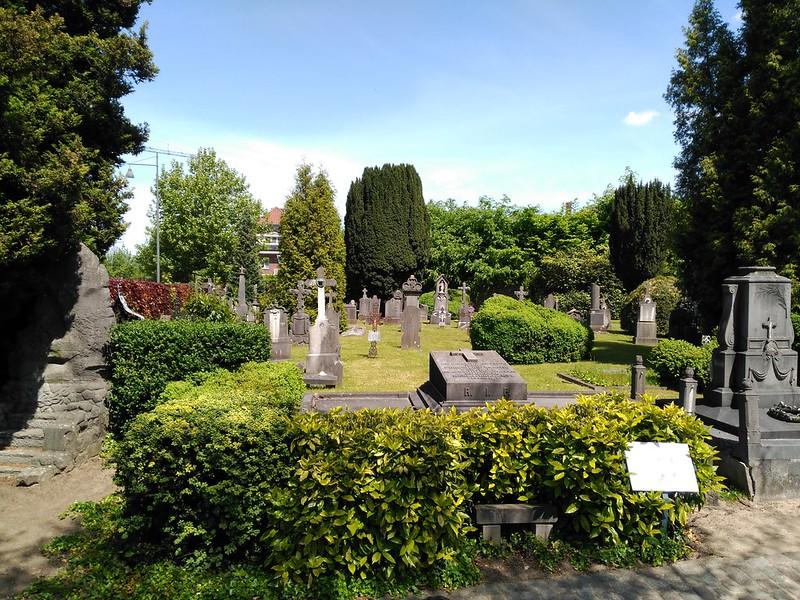 IMG_20170515_132817 cementerio de hasselt - 33832617844 5b092ac67a c - Cementerio de Hasselt